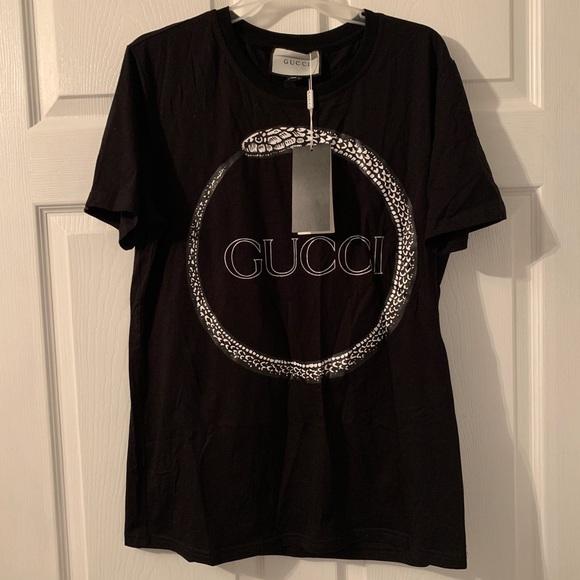cfa3e066 Gucci Shirts | Snake Black Logo Tshirt Sz Large | Poshmark